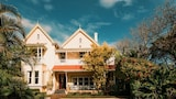 Hacklewood Hill Country House - Port Elizabeth Hotels