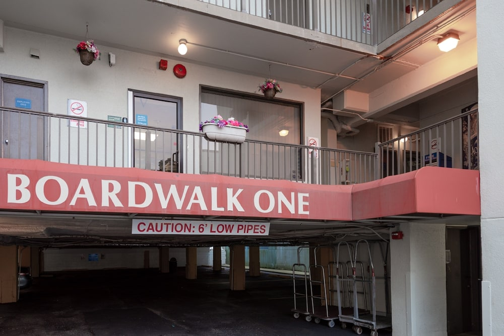 Property Entrance, Boardwalk One by Capital Vacations