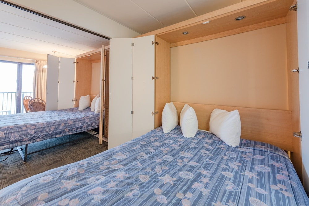 Room, Boardwalk One by Capital Vacations