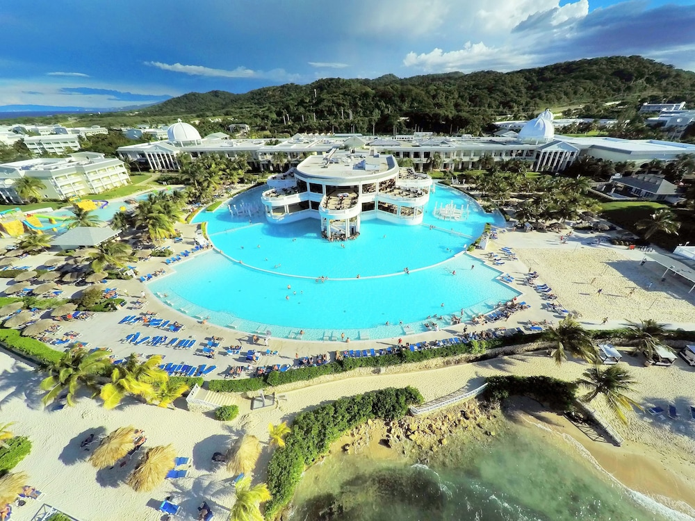 Grand palladium jamaica resort spa all inclusive 2018 for Spa resort vacation packages