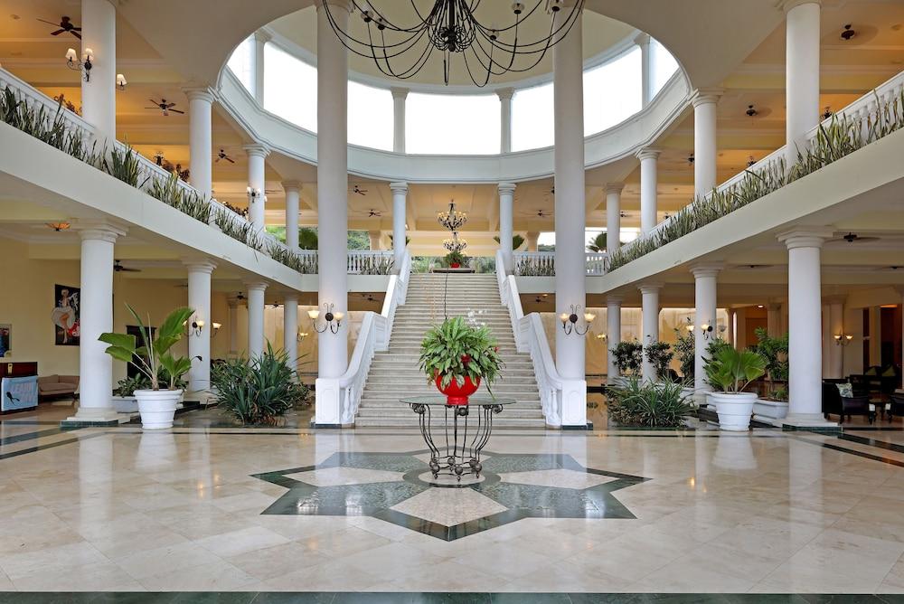 Grand Palladium Lady Hamilton Resort Amp Spa All Inclusive