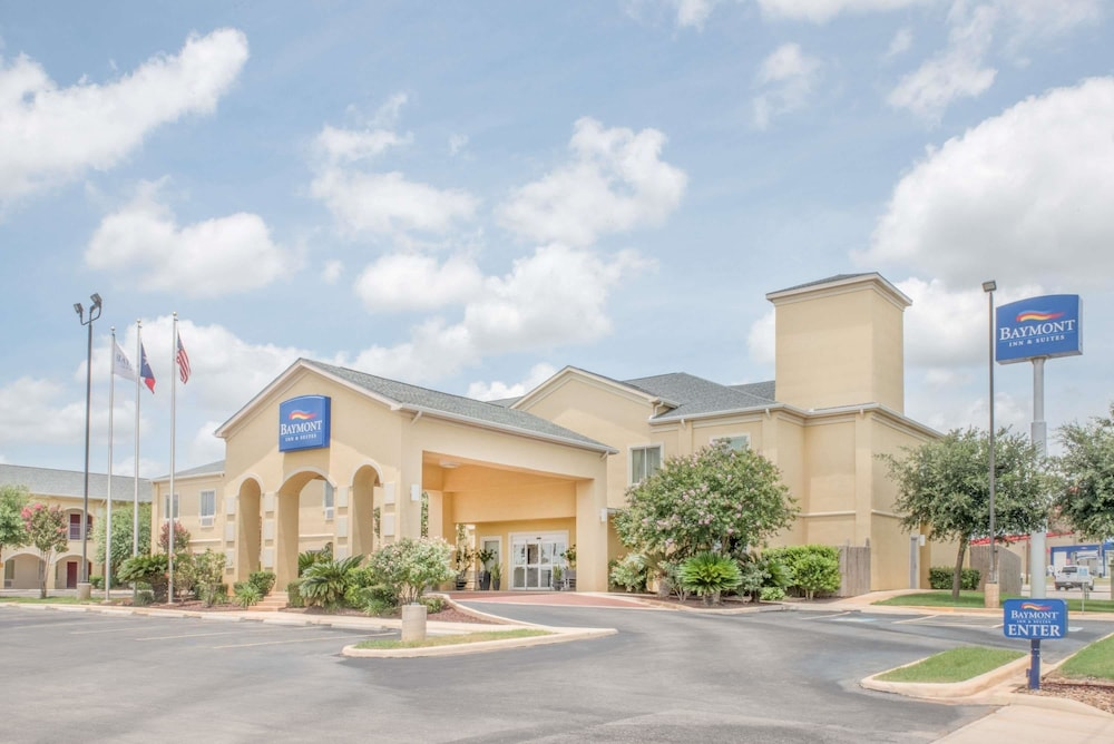 baymont by wyndham pearsall 2019 room prices 47 deals reviews rh expedia com