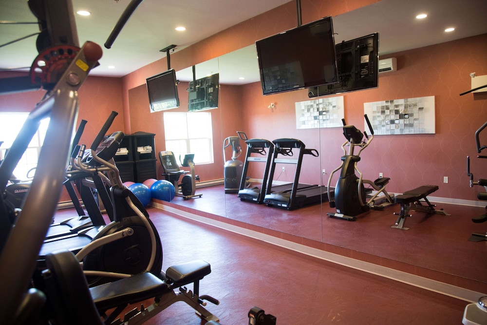 Fitness Facility, Best Western Plus Fredericton Hotel & Suites