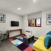 Plum Carlton Serviced Apartments