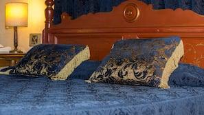 Minibar, coffres-forts dans les chambres, décoration personnalisée
