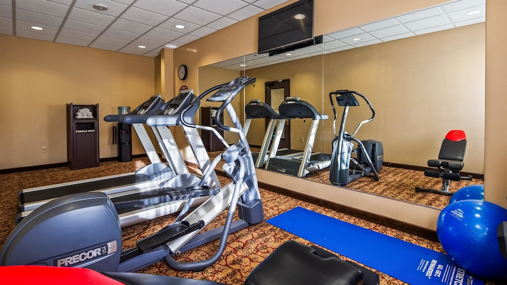 Fitness Facility, Best Western Plus Cimarron Hotel & Suites