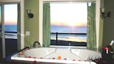 Starfish Manor Oceanfront Hotel - Lincoln City Hotels
