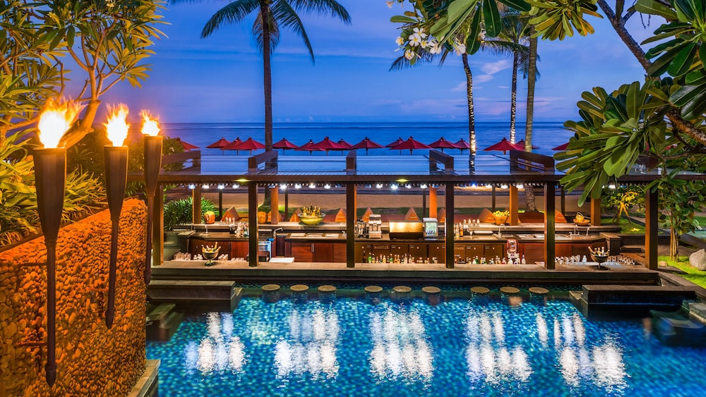 Poolside Bar, The St. Regis Bali Resort
