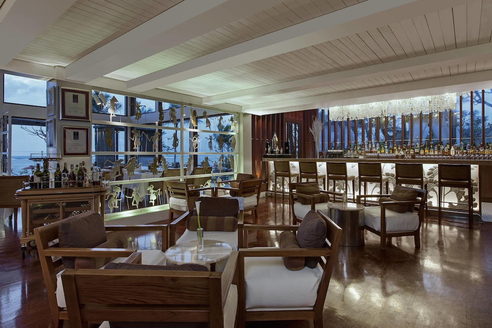 Restaurant, The St. Regis Bali Resort