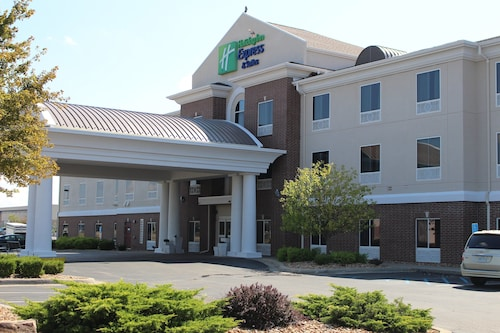 Holiday Inn Express & Suites Sedalia