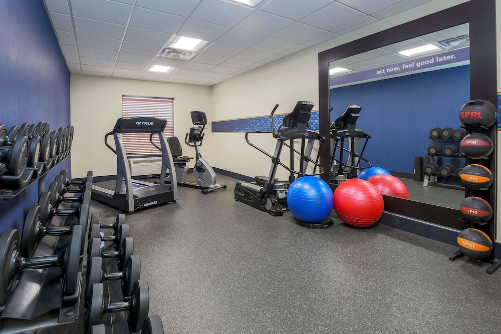 Fitness Facility, Hampton Inn & Suites New Haven - South - West Haven