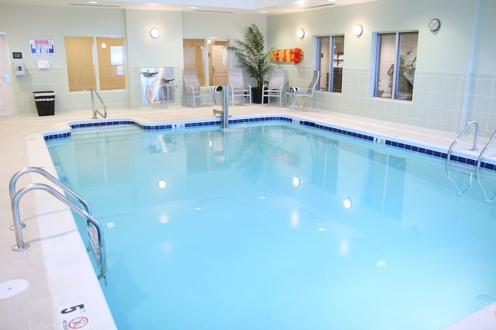 Indoor Pool, Hampton Inn Hampton-Newport News