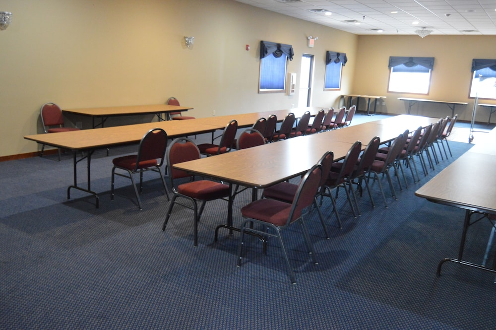 Meeting Facility, AmeriVu Inn & Suites