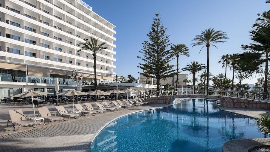 CM Playa del Moro Hotel