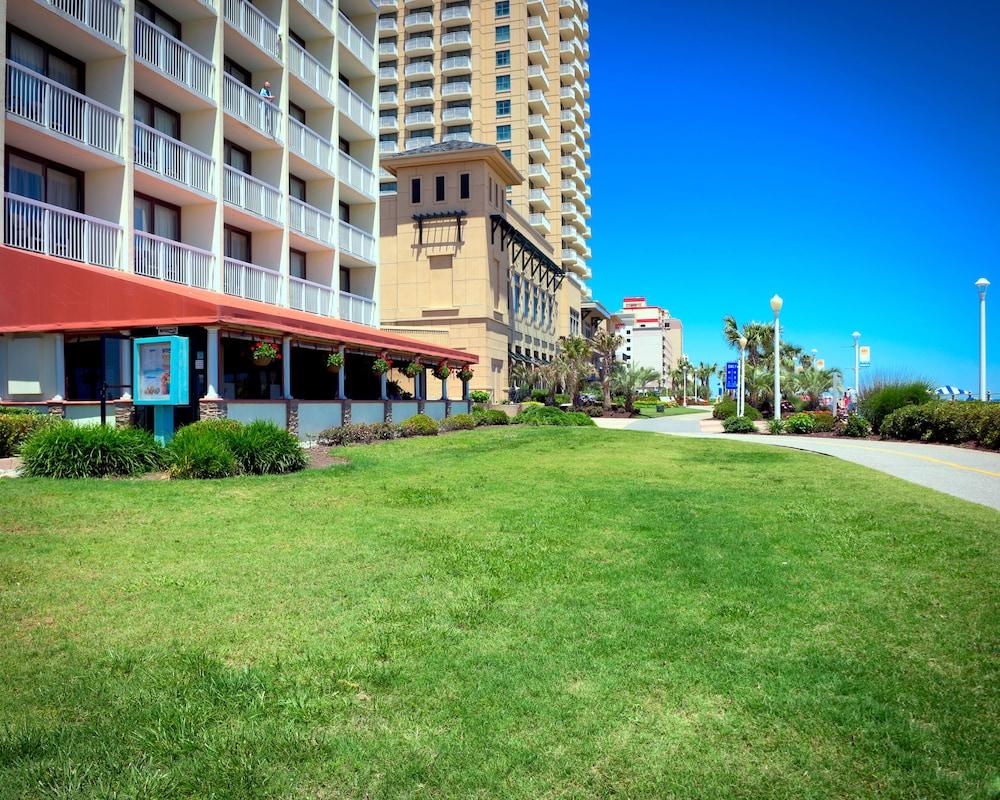 oceanfront inn in norfolk virginia beach hotel rates. Black Bedroom Furniture Sets. Home Design Ideas