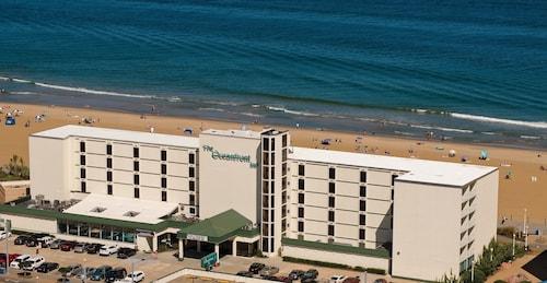 Oceanfront Inn (USA 2094819 4.0) photo