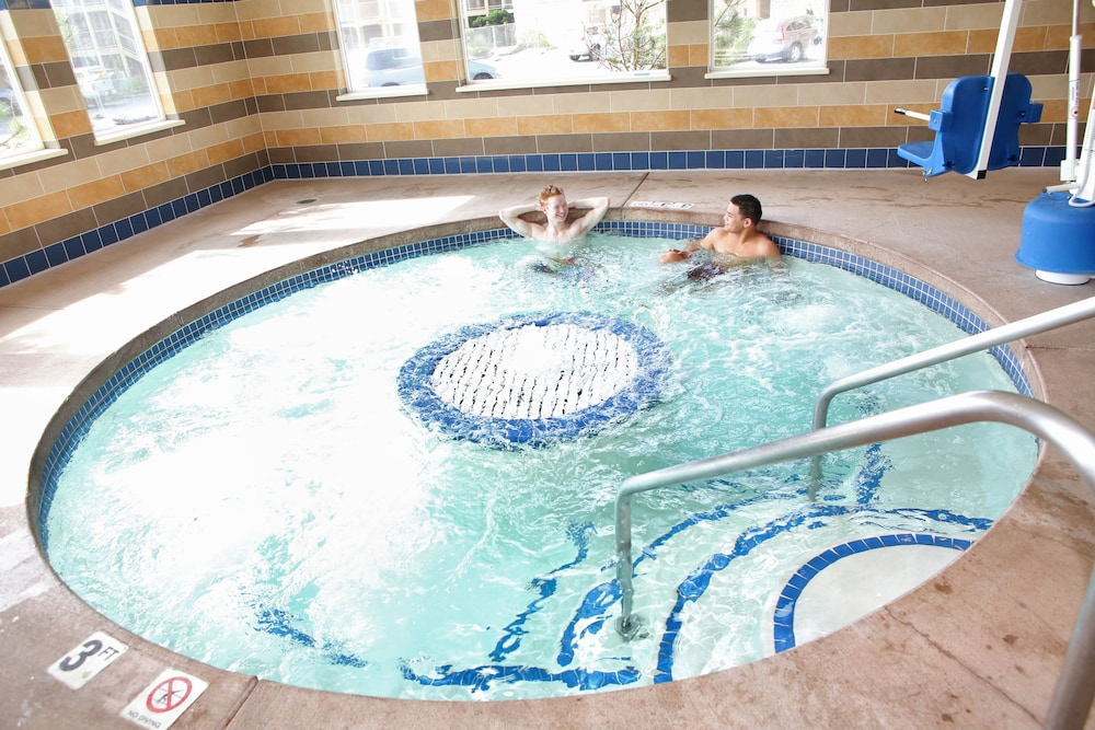 Indoor Spa Tub, Driftwood Shores Resort And Conference Center