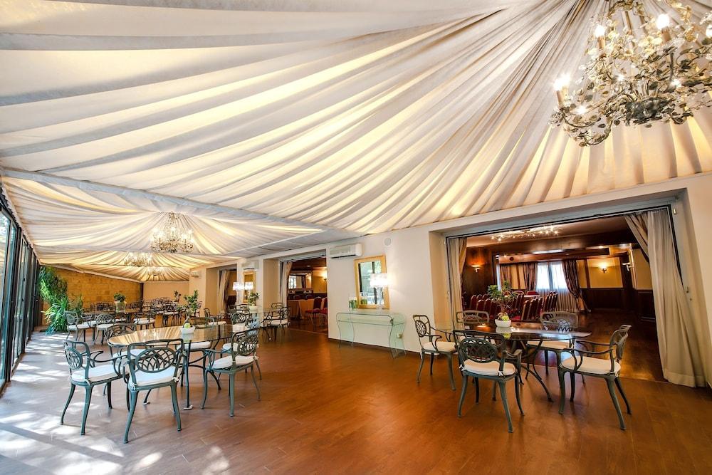 Hotel Villa Traiano Benevento Bn