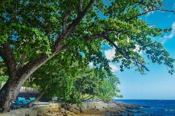 プーケット島でカップルにおすすめのホテルを教えてください