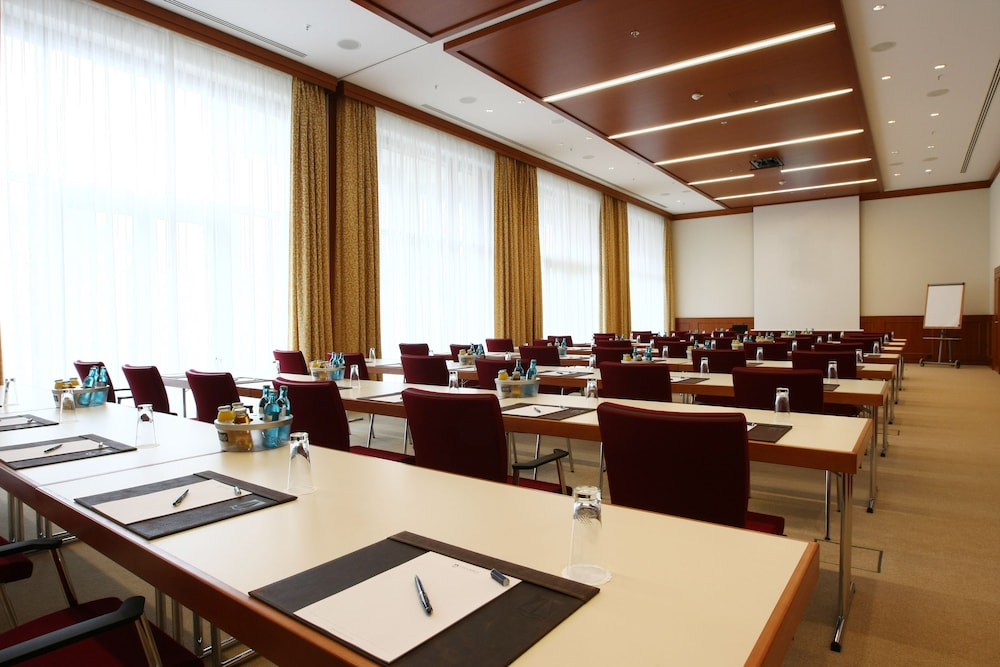 Business Center, ATLANTIC Hotel Wilhelmshaven