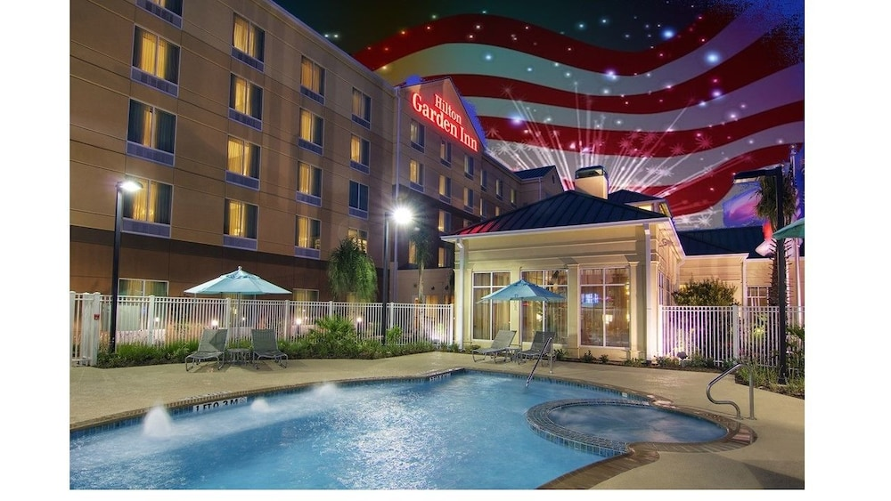 Front of Property - Evening/Night, Hilton Garden Inn Houston-Pearland