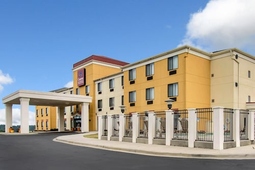 Check Expedia for Availability of Comfort Suites Cullman