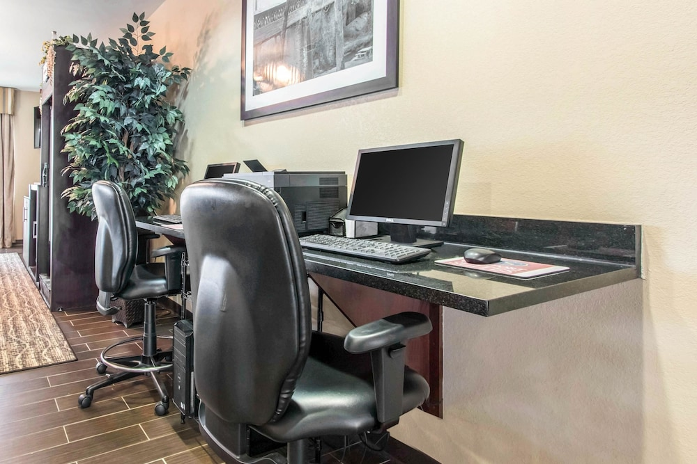Business Center, Comfort Suites Cullman I-65 Exit 310