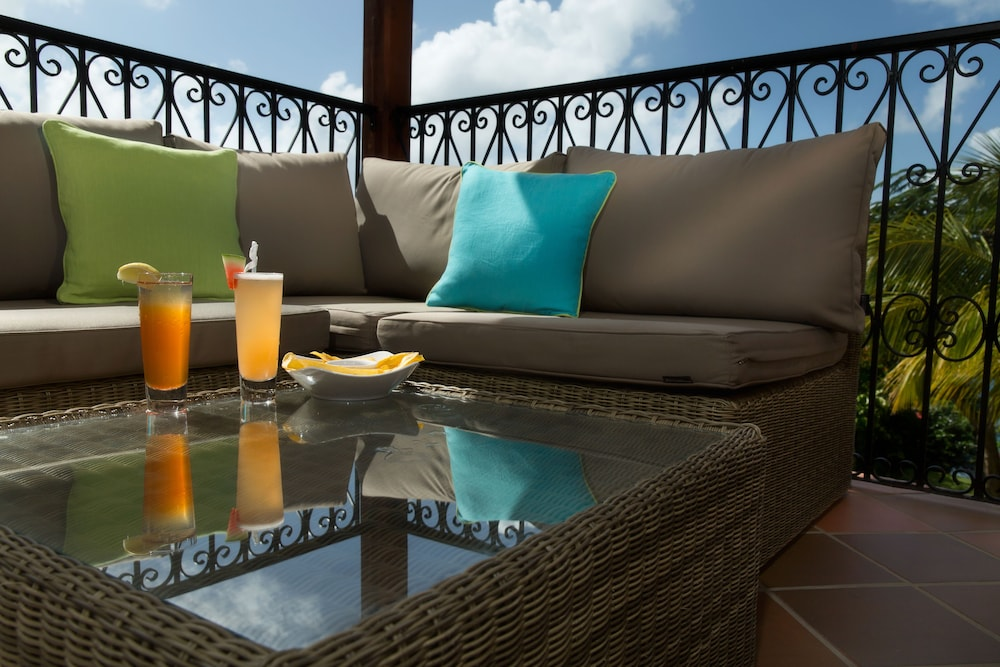 Cap maison resort spa in cap estate hotel rates for Cap maison resort and spa