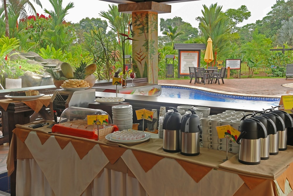 Coffee Service, Volcano Lodge Hotel & Thermal Experience