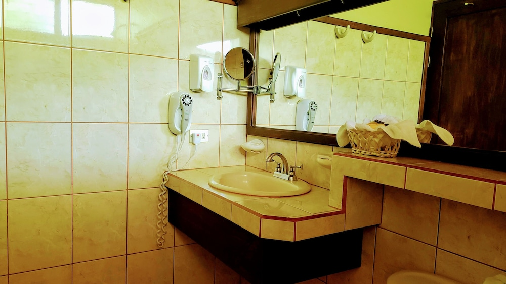 Bathroom Sink, Volcano Lodge Hotel & Thermal Experience