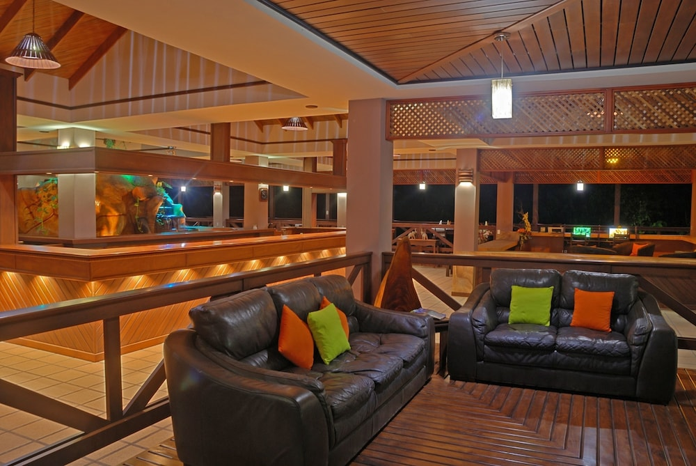Lobby Lounge, Volcano Lodge Hotel & Thermal Experience