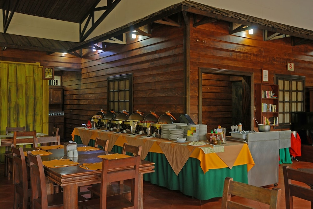 Breakfast Area, Volcano Lodge Hotel & Thermal Experience
