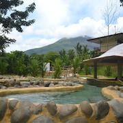 Volcano Lodge Hotel & Thermal Experience