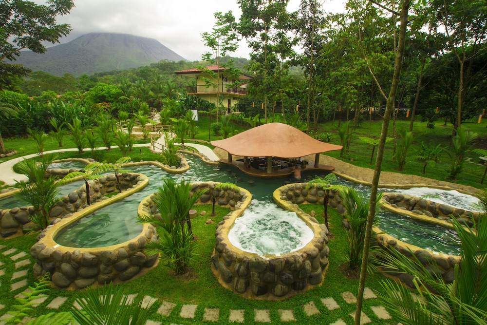 Poolside Bar, Volcano Lodge Hotel & Thermal Experience