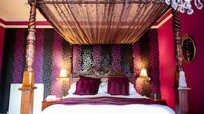 Premium bedding, desk, iron/ironing board, WiFi