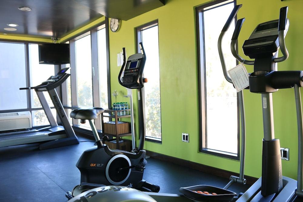 Fitness Facility, BLVD Hotel & Spa-Walking Distance to Universal Studios Hollywood