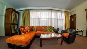 Materassi a doppio strato, minibar, una cassaforte in camera