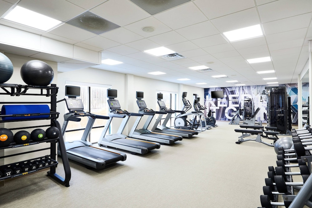 Fitness Facility, SpringHill Suites St. Louis Brentwood