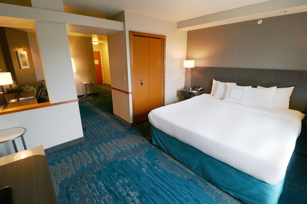 Room, Fairfield Inn & Suites by Marriott Des Moines Airport