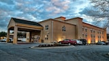 La Quinta Inn & Suites Lexington Park - Patuxent - California Hotels