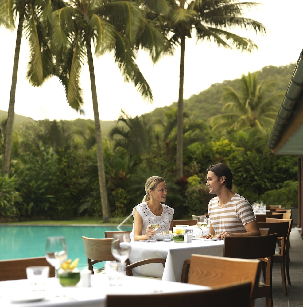 Dining, Reef View Hotel