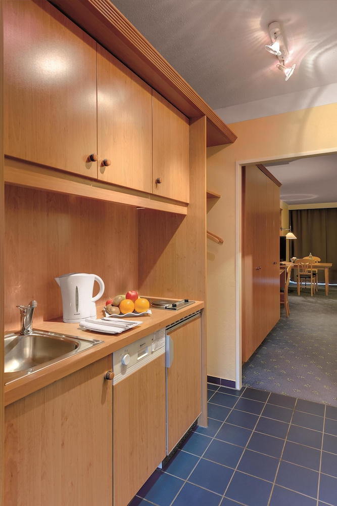Best western aparthotel birnbachhoehe best western for Best aparthotels