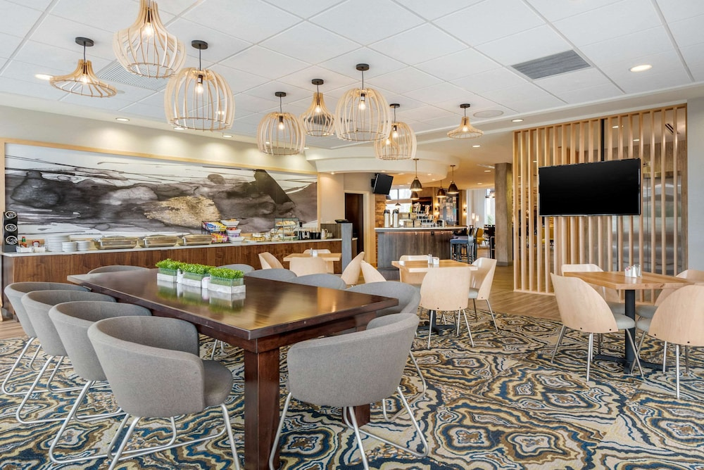 Restaurant, Cambria Hotel Akron - Canton Airport