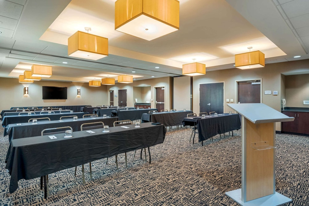Meeting Facility, Cambria Hotel Akron - Canton Airport