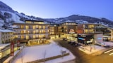 AlpenParks Hotel & Apartment Central - Zell am See Hotels
