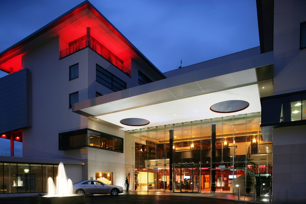 Clayton Hotel Galway Galway Irl Great Rates At Expedia Ie