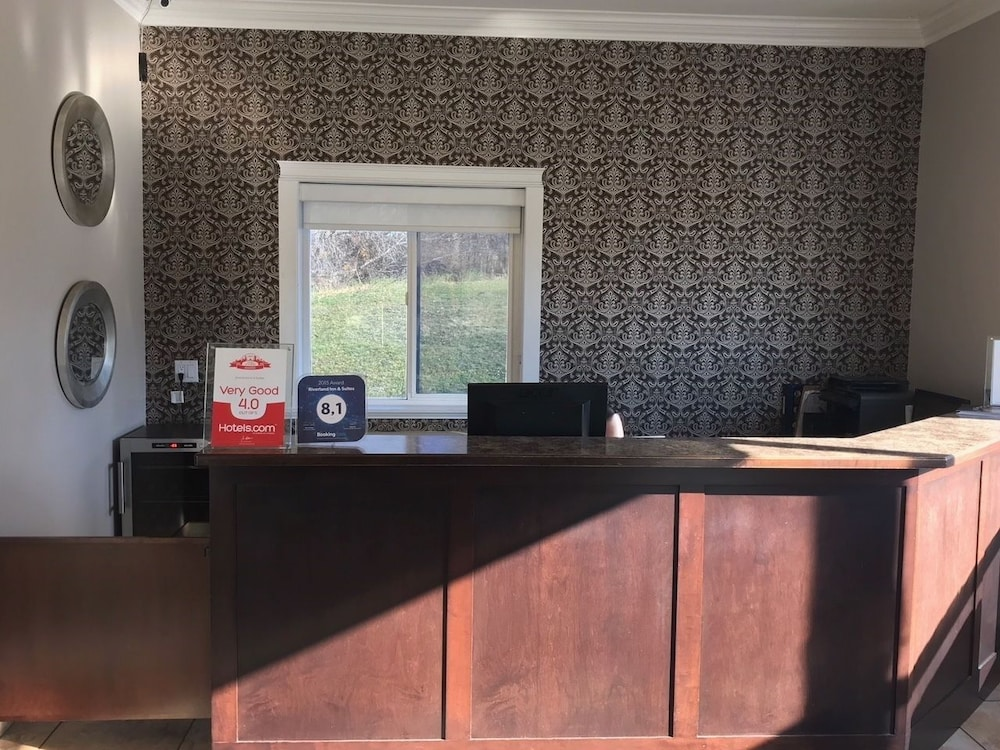 Reception, Riverland Inn & Suites