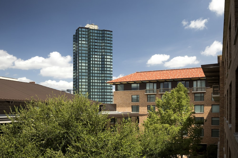 Room, AT&T Hotel & Conference Center at the University of Texas