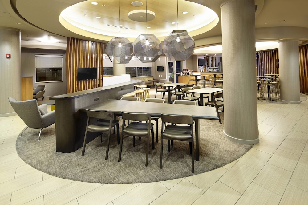 Lobby, SpringHill Suites by Marriott Chicago Waukegan/Gurnee