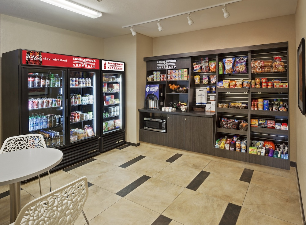 Gift Shop, Candlewood Suites Grand Prairie - Arlington, an IHG Hotel